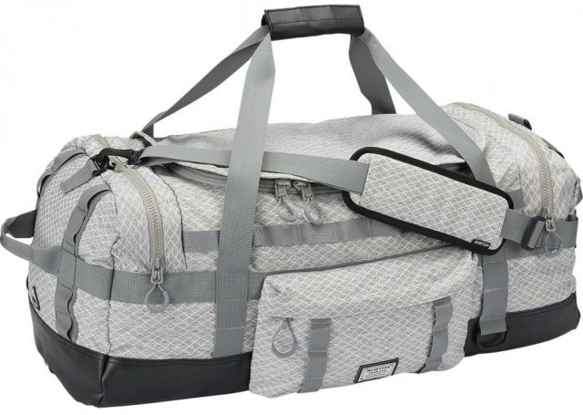 Burton Performer Elite Duffel 70L Bag Review and Buying Advice