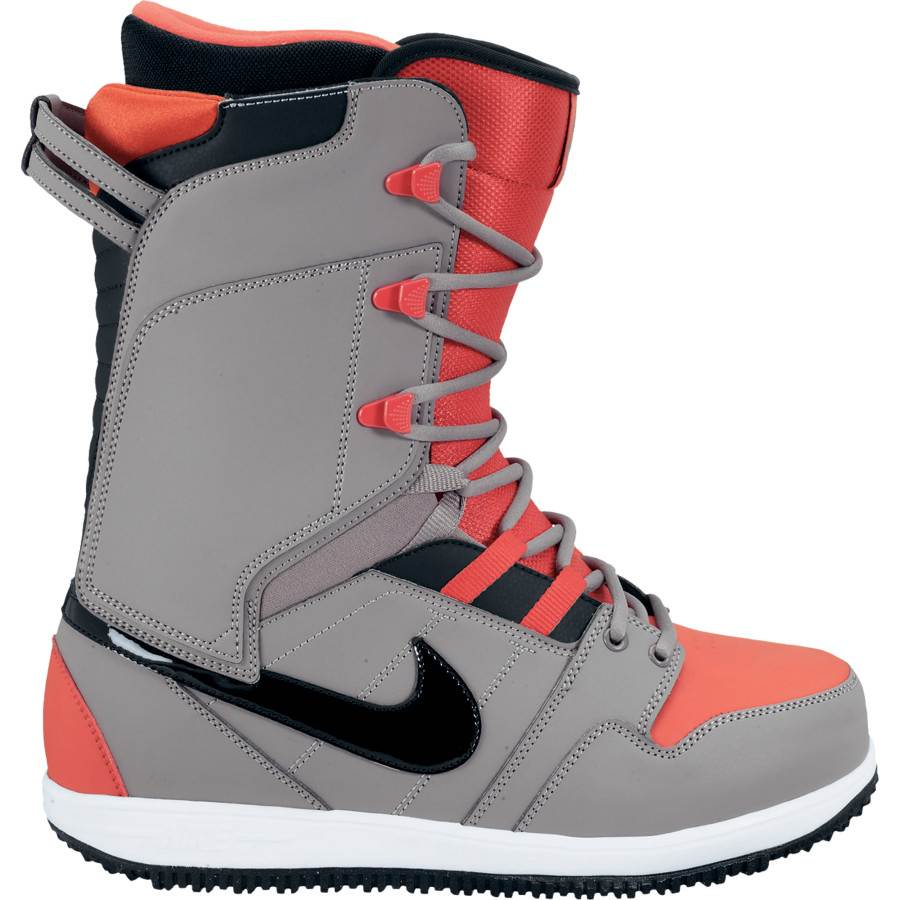 Excellent 2013 Nike Womens Vapen Snowboard Boots Black White 210 Boot Brand New
